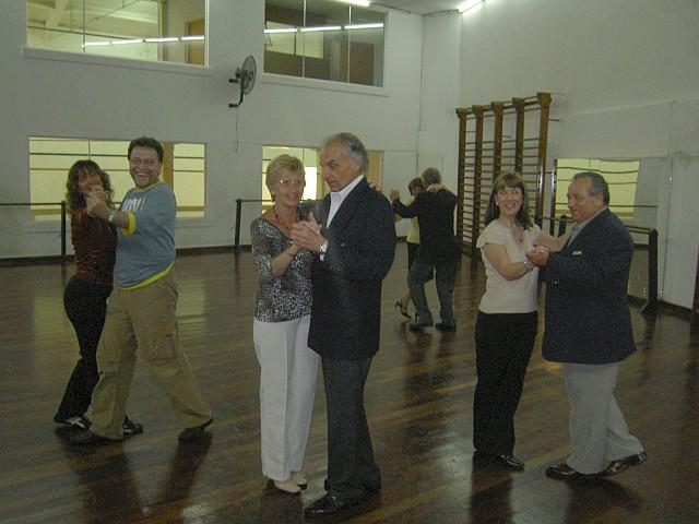 En clase de tango de salón