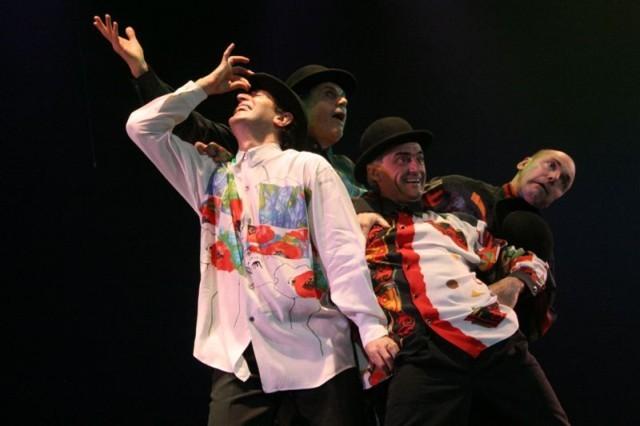 'Amigos'. Y todo es tap. Teatro Astral. 22-nov-2006