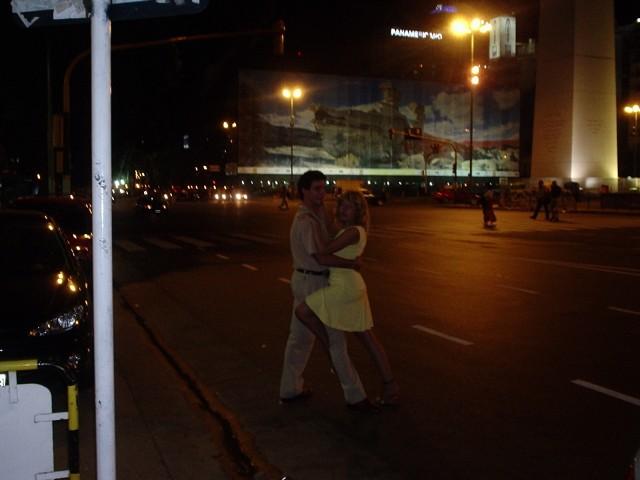 Tango en el Obelisco (Lidia Barrera)