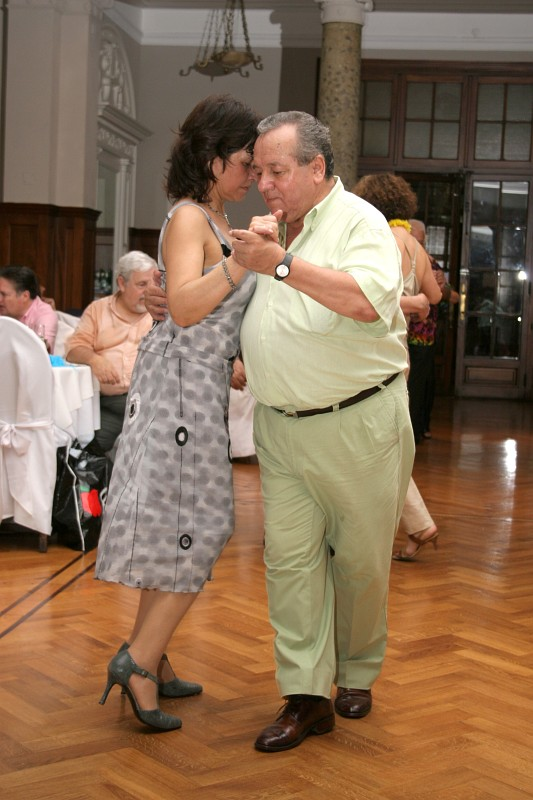 Milongueando en Palermo<br>Cena y Baile viernes 28diciembre2007, en Geba San Martín [Foto Cristina Rivera]