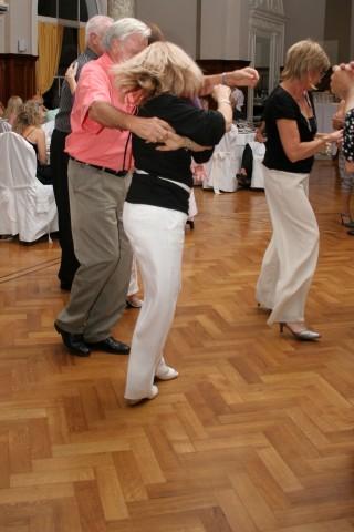 Cena y Baile viernes 28diciembre2007, en Geba San Martín [Foto Cristina Rivera]