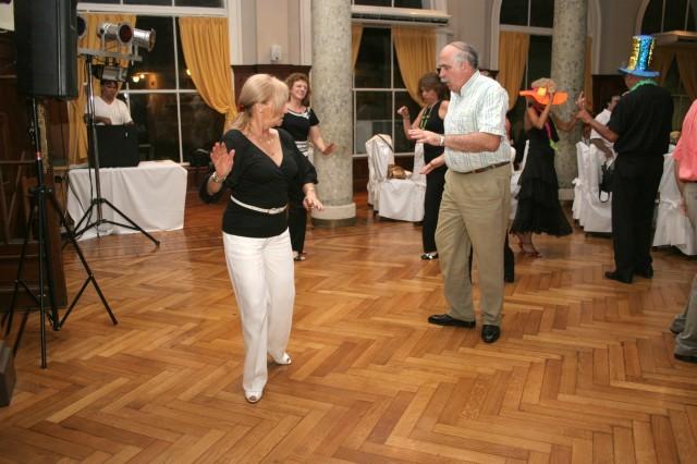 Cena y Baile viernes 28diciembre2007, en Geba San Martín